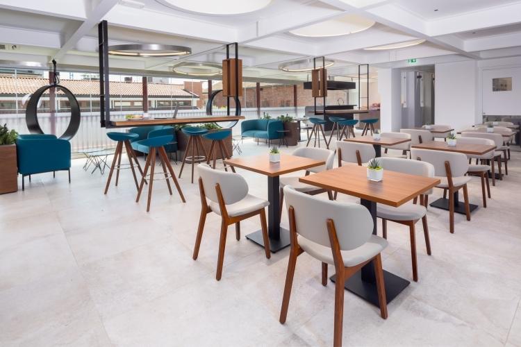 Hotel a Milano con sala colazione e angolo showcooking - The Corner Duomo Hotel Milano